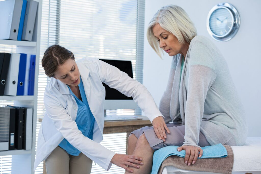 Beneficial Health Medical Center doctor-examining-patient-knee-J79YDU3-min-1024x683 A Better Understanding Of Arthritis